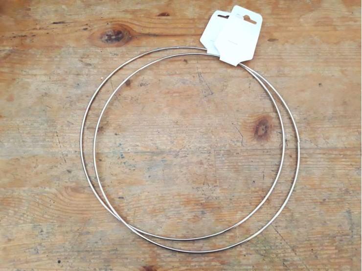 Kovový kruh na lapač snov s priemerom 25 cm