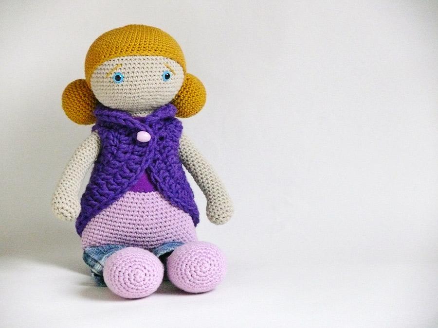 Handmade háčkovaná bábika