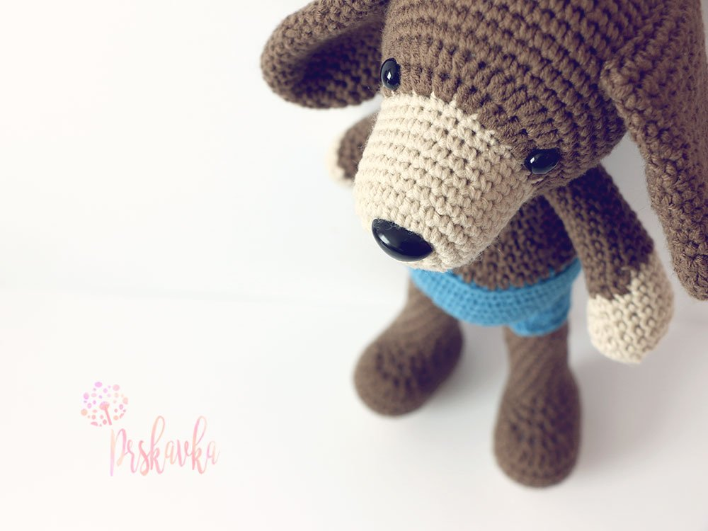 Háčkovaná hračka - psík