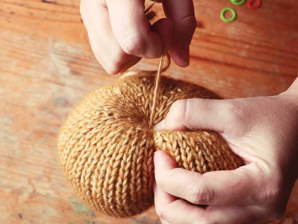 Formujeme tekvicu šitím