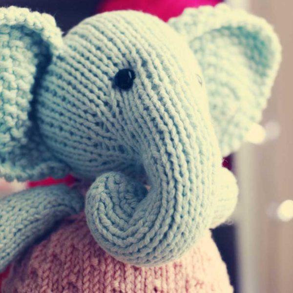 Hračka - slonica Edna